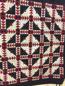 2016 Winner Large Quilt Viewer's Choice Front